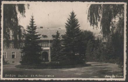 Widok szpitala w latach powojennych