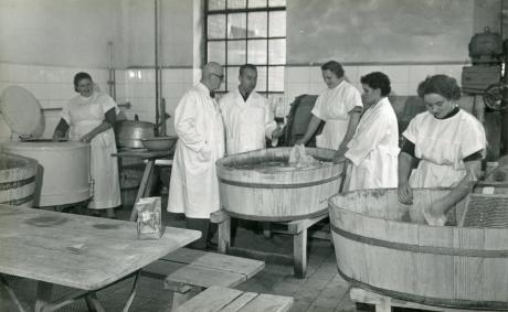 Pomieszczenie szpitalnej pralni - lata 60 te